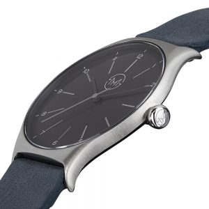 04 - slim made one 05 - thin wrist watch in silver with anthracite leather band - angle 2